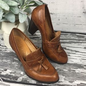 BORN - Leather Heeled Loafer - Size 7.5